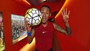 Neymar, com a bola do duelo contra o Rayo.