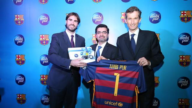 Xavier Asensi,  Zulfigar Mahar and  Nicolas de la Giroday during the  presentation of the agreement with Ambi Pur