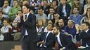 Xavi Pascual applauding his team / VÍCTOR SALGADO - FCB
