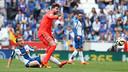 Gerard Piqué, en una acción del partido contra el Espanyol de la temporada pasada / MIGUEL RUIZ - FCB