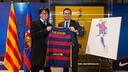 President Josep Maria Bartomeu with Yoichi Takahashi / GERMAN PARGA-FCB