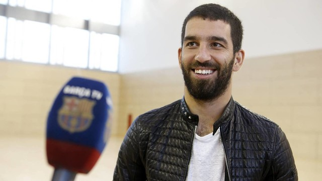 Arda Turan shared his thoughts with Barça TV / MIGUEL RUIZ-FCB