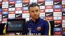 Luis Enrique in front of the press on Saturday  / MIGUEL RUIZ - FCB