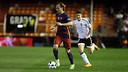 Ivan Rakitic in action on Wednesday night in Valencia / MIGUEL RUIZ - FCB