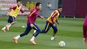 Adriano and Douglas have muscular injuries / MIGUEL RUIZ - FCB