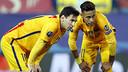 Messi i Neymar, abans de llançar una falta / MIGUEL RUIZ - FCB