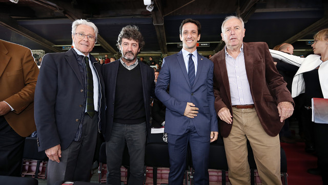 Bakero and Belletti, with Alfonseda and Rexach at the presentation of the New Camp Nou / MIGUEL RUIZ - FCB