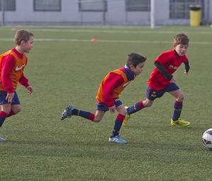 Niños de la FCBEscola en un entrenamiento / VÍCTOR SALGADO - FCB