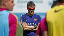 Luis Enrique during the Monday training session at the Ciutat Esportiva / MIGUEL RUIZ - FCB