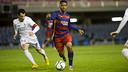 Kaptoum seeks to take on his marker / VICTOR SALGADO - FCB