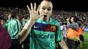 2010/11年、バレンシアでのリーグ優勝を祝うイニエスタ / MIGUEL RUIZ - FCB